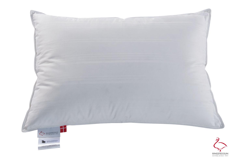 Ringsted Dun Pillow The Little Matchgirl